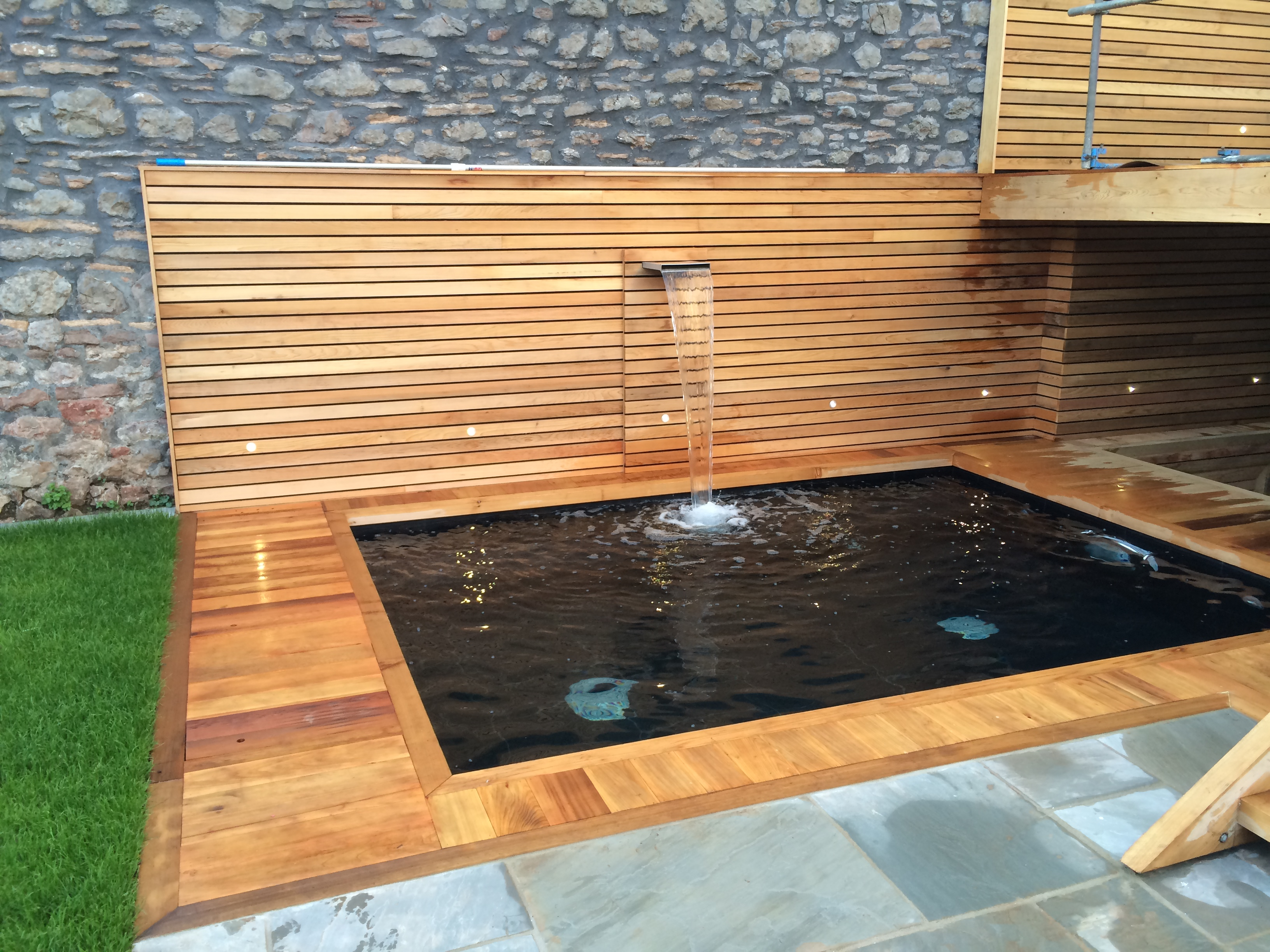 Bos Leisure Installed And Designed A Bespoke Dipping Pool Incorporating Parallel Bench Seating With The Latest Counter Cur System